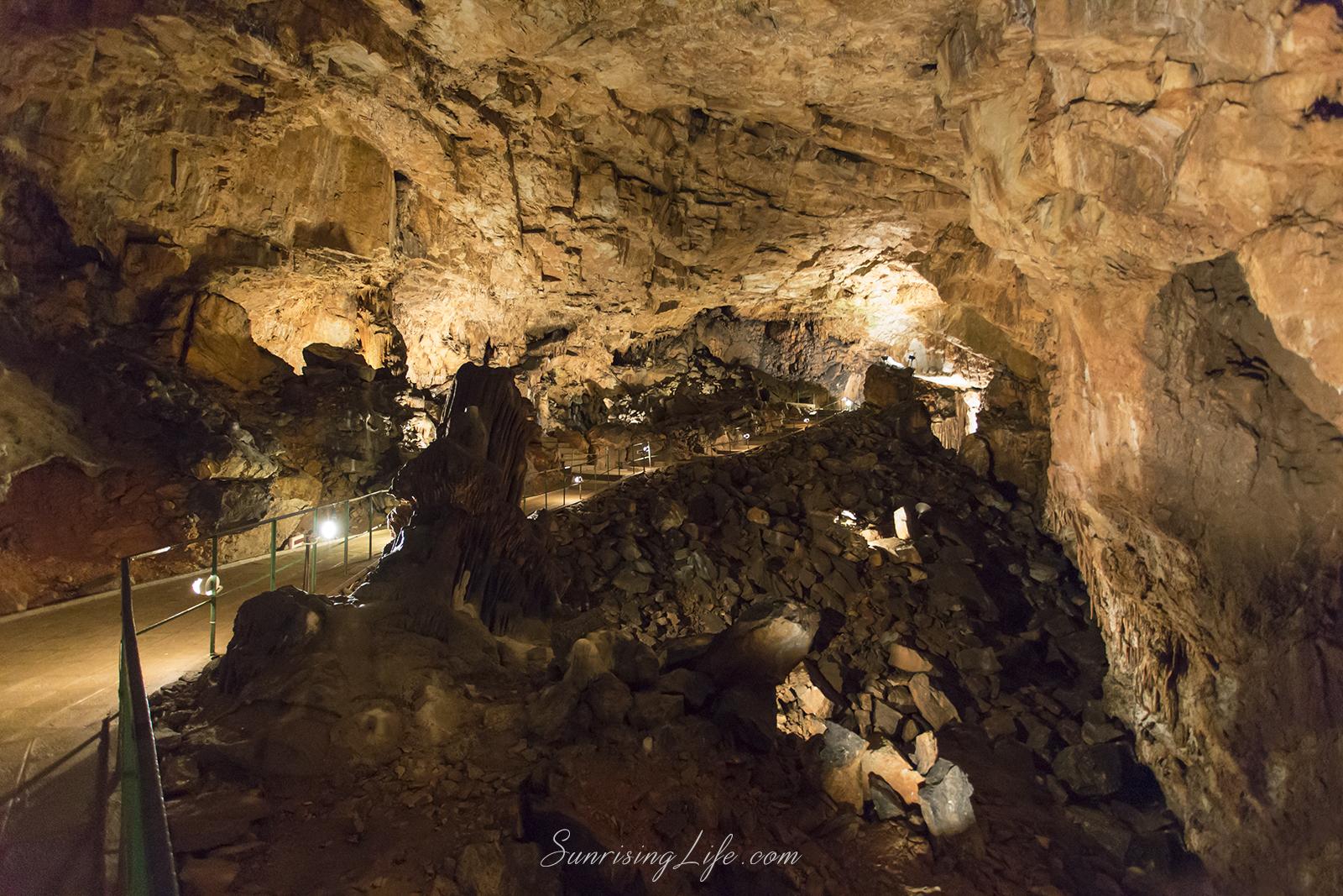 Пещера Съева дупка - разходка край софия