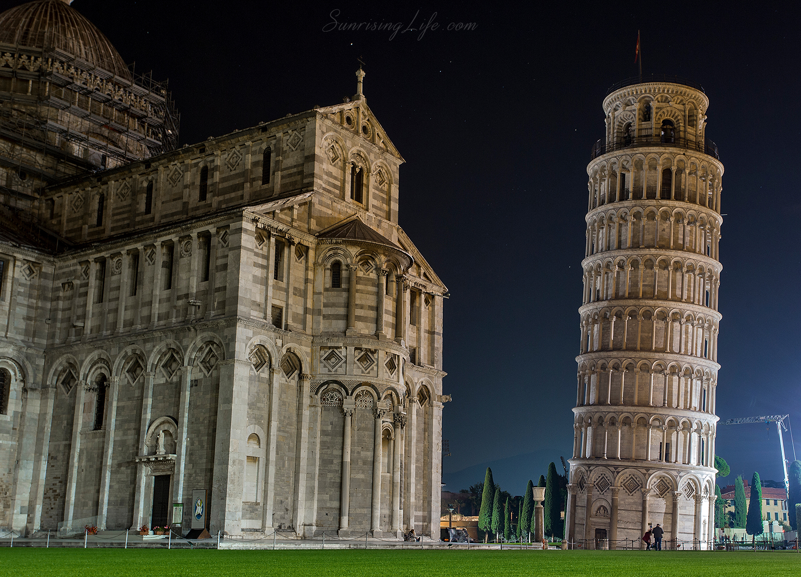 Наклонената кула в Пиза, Италия