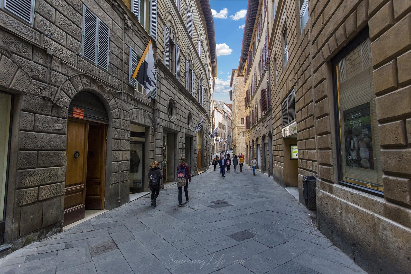 Улица в Сиена, Забележителности в Сиена