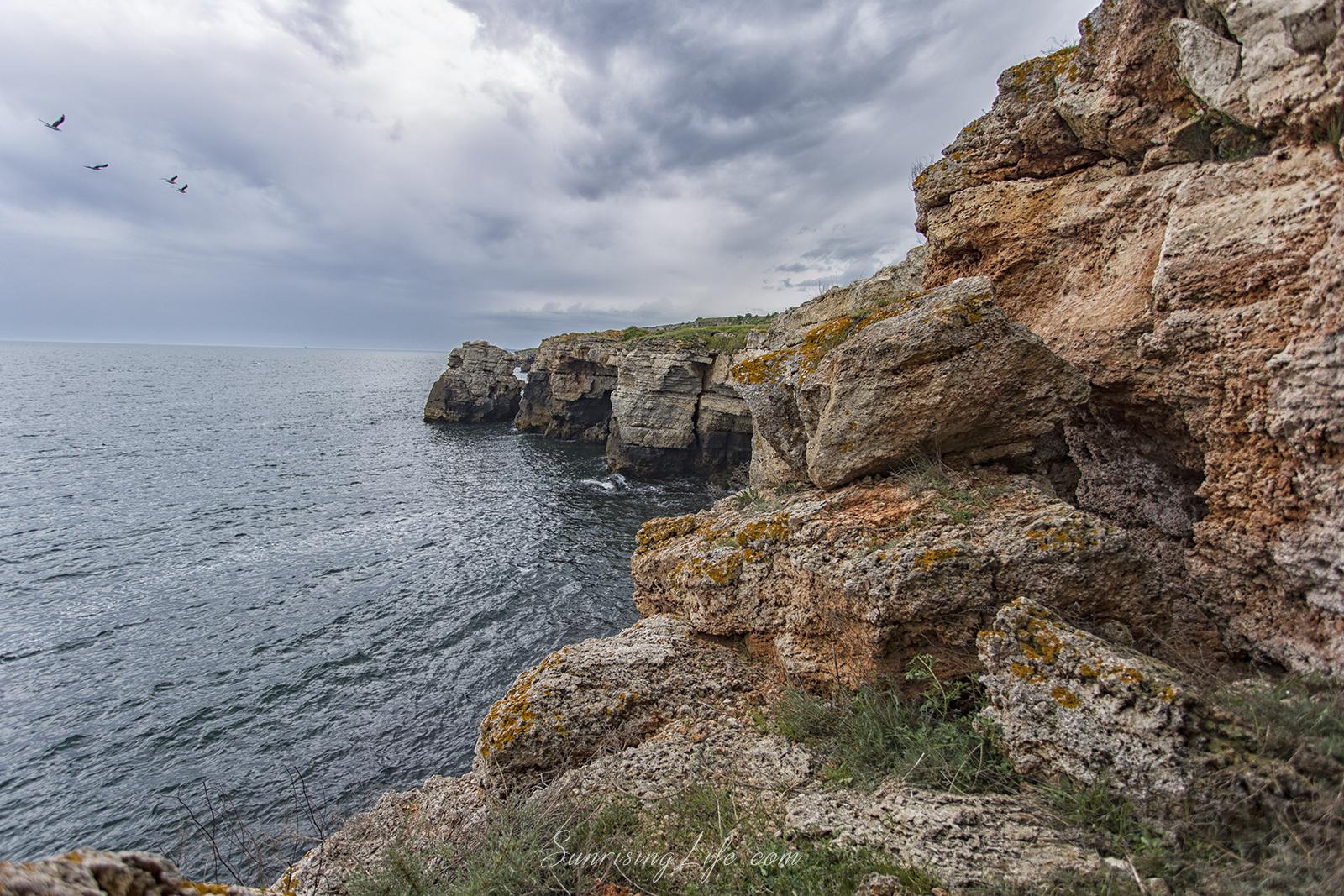 Скалистите брегове на резервата забележителности на северното черноморие