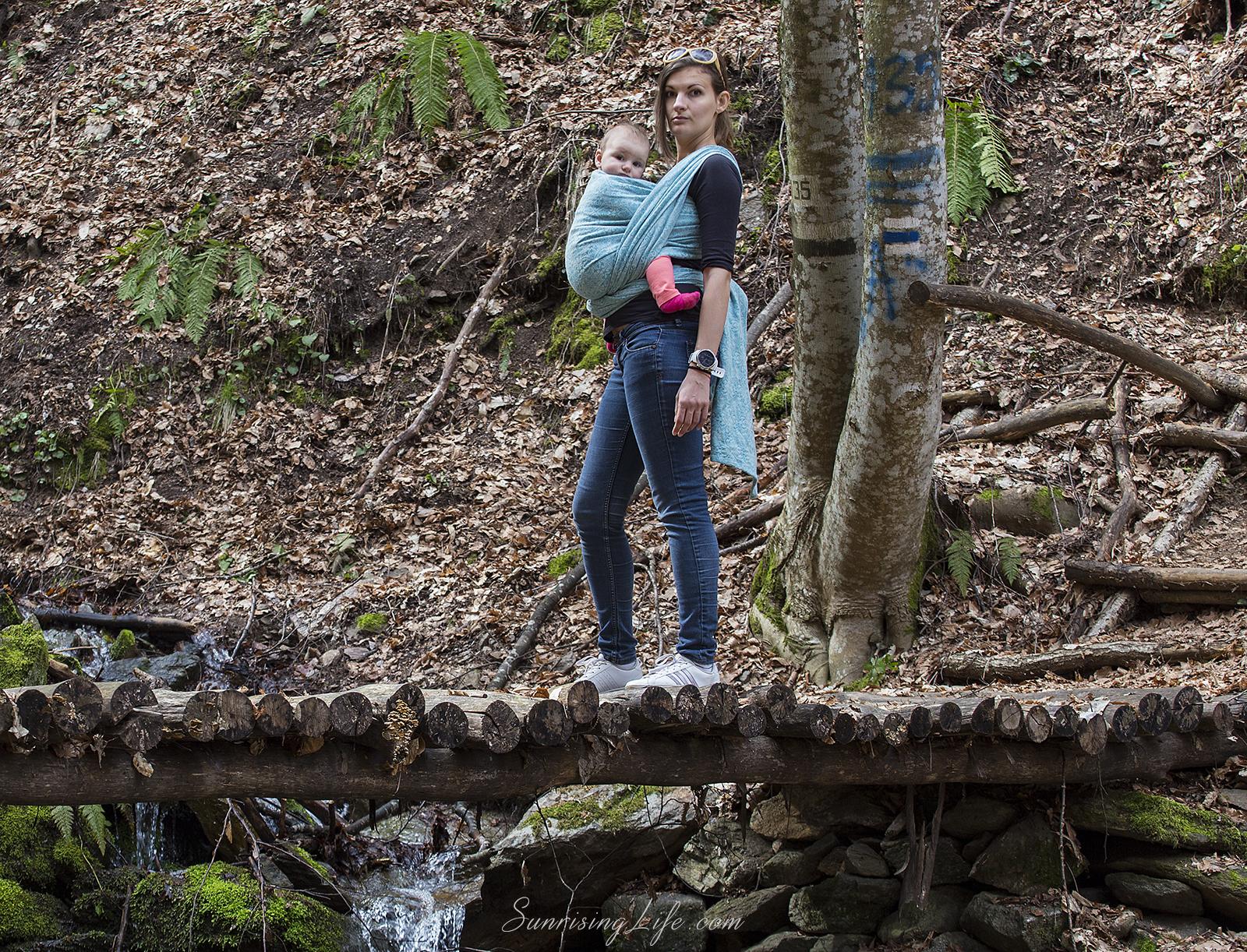 Пътеката към Лешнишки водопад