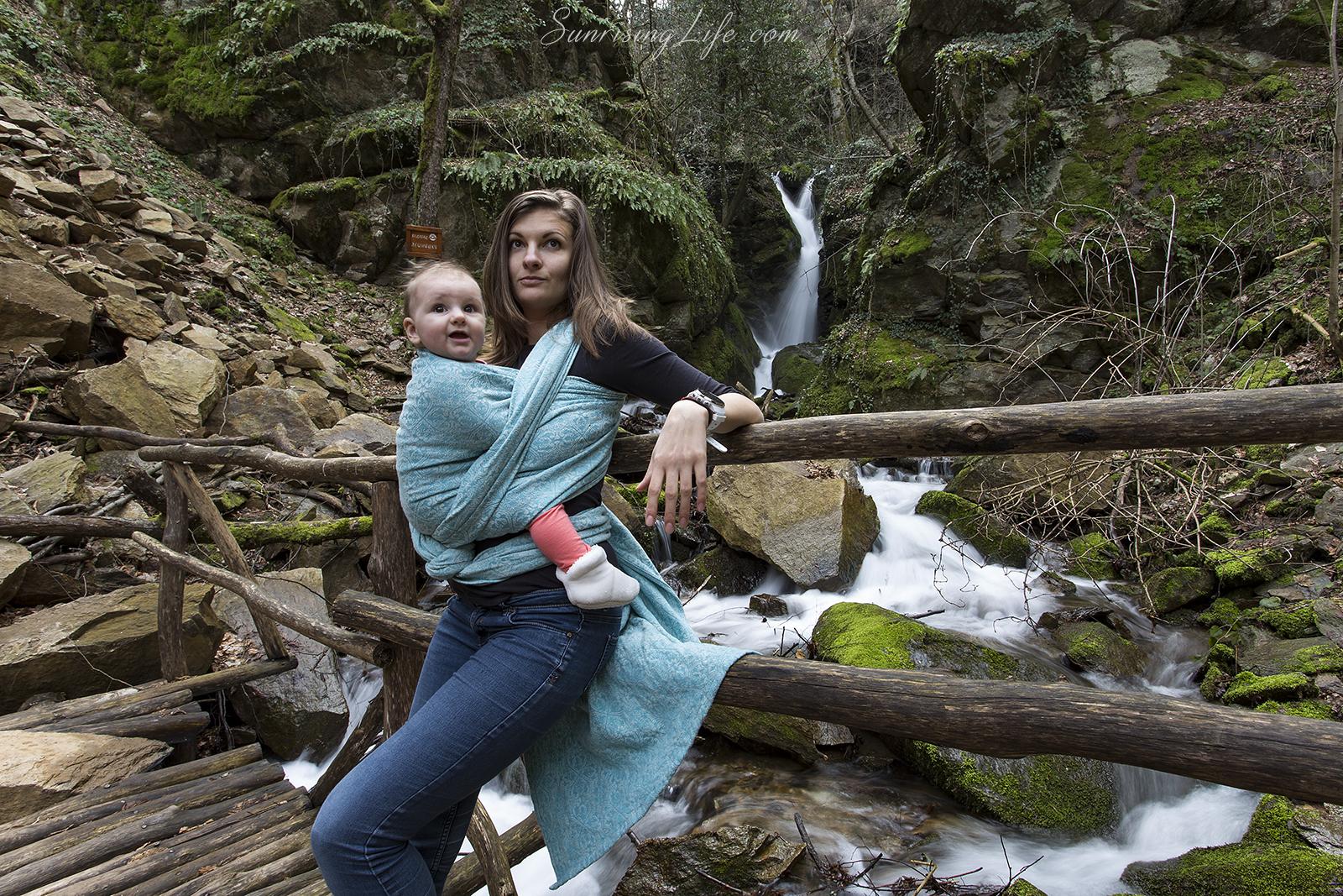 Разходка с бебе до Лешнишки водопад в Беласица