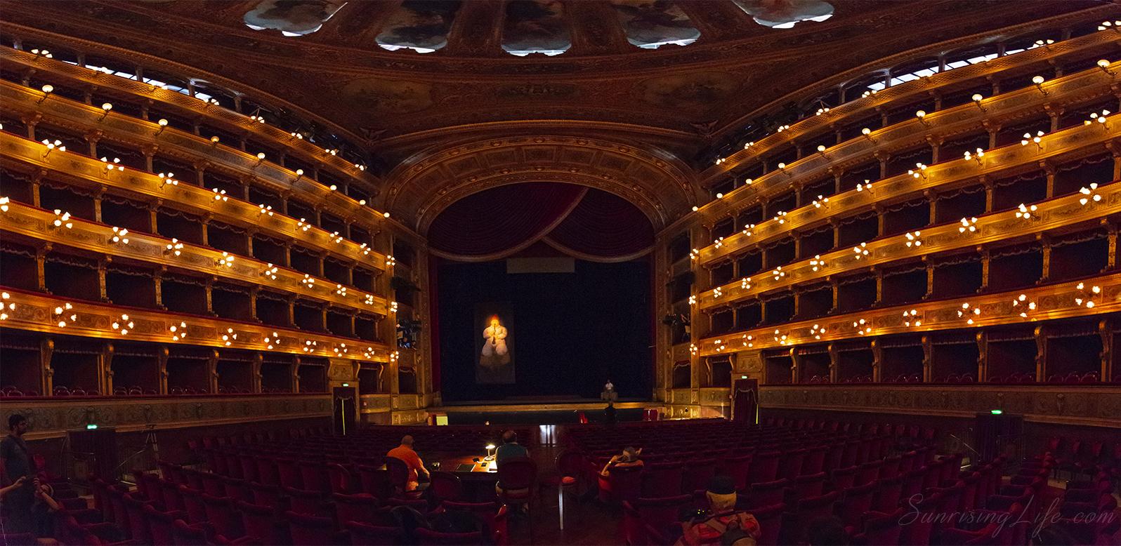 Сцената на Театро Масимо в Палермо