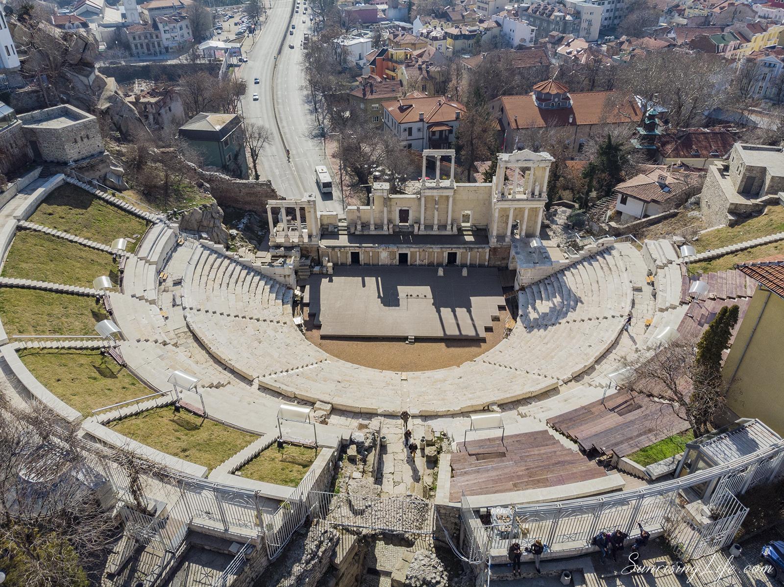 забележителности в пловдив - античен театър