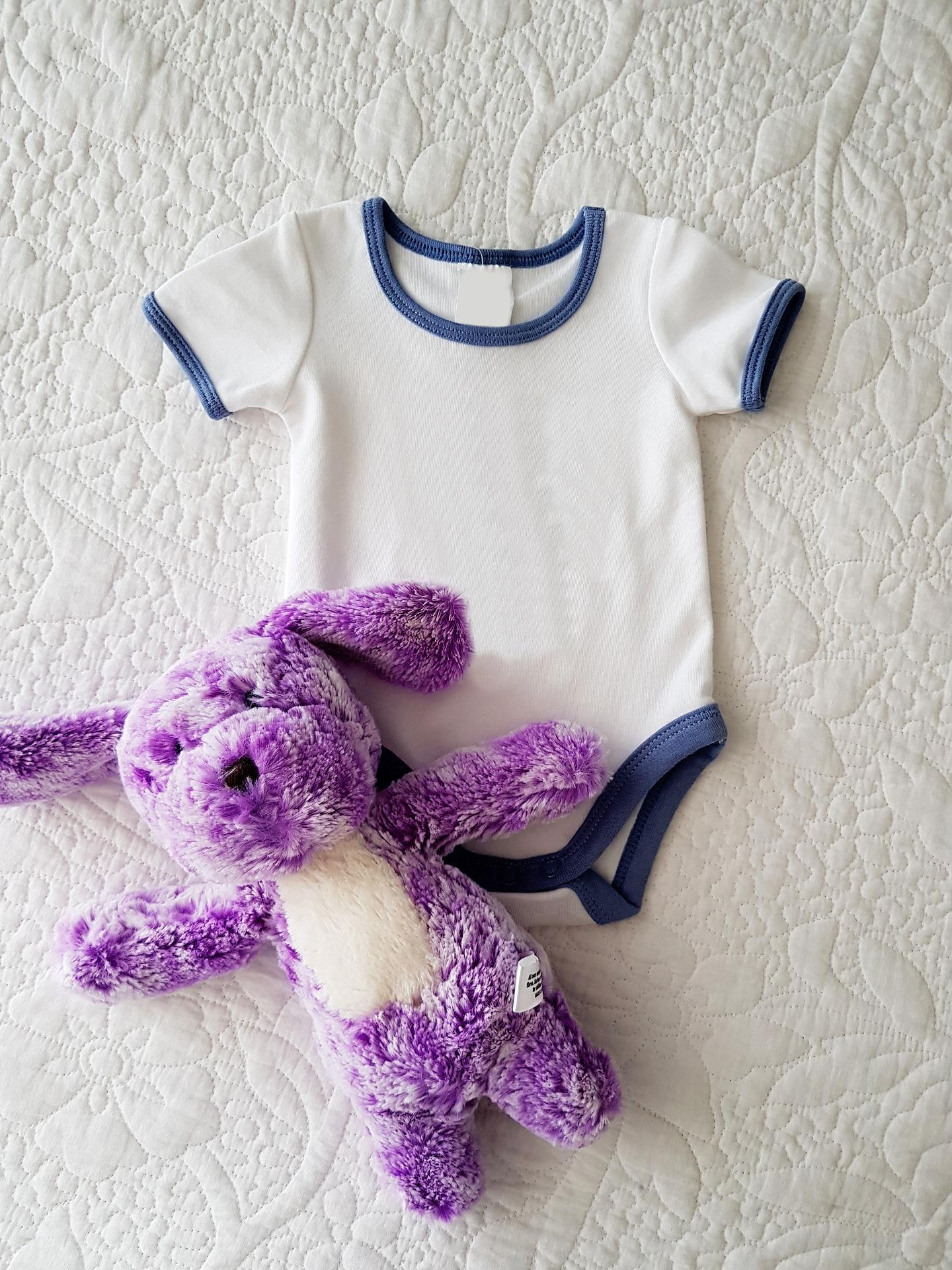 какво има нужда бебето, покупки за бебето, бебешки дрехи