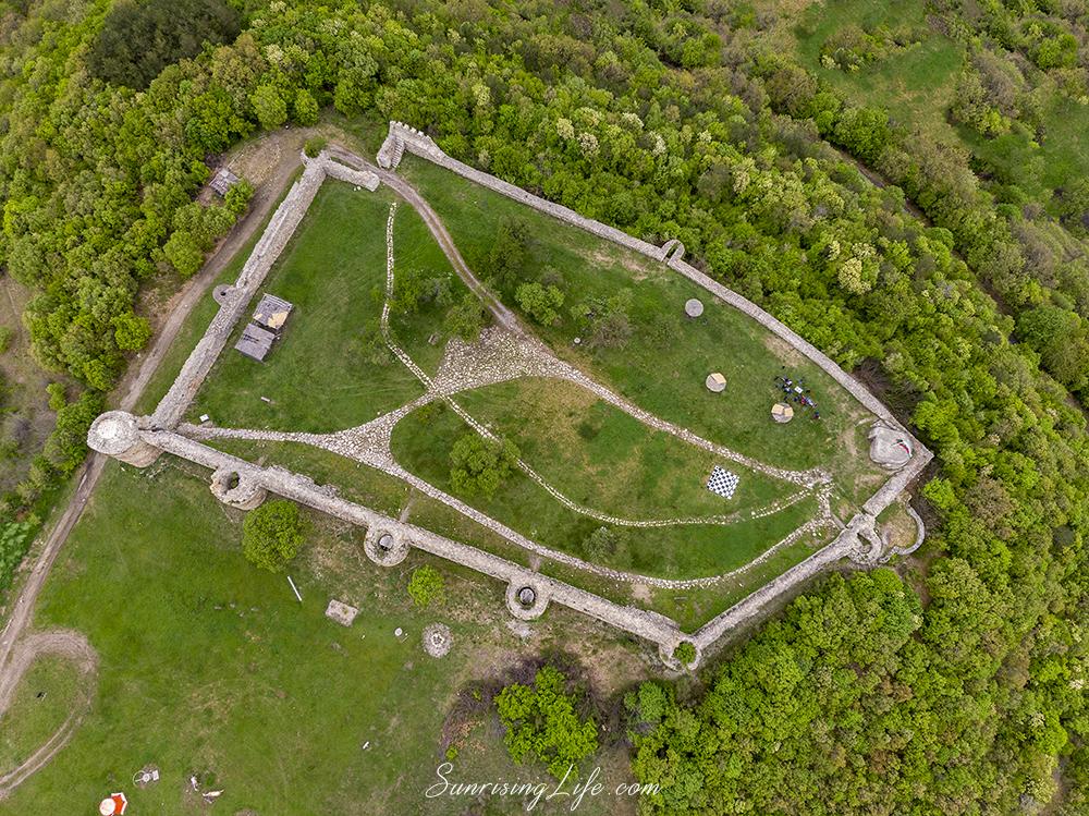 Забележителности в Източни Родопи - Средновековна крепост край Мезек