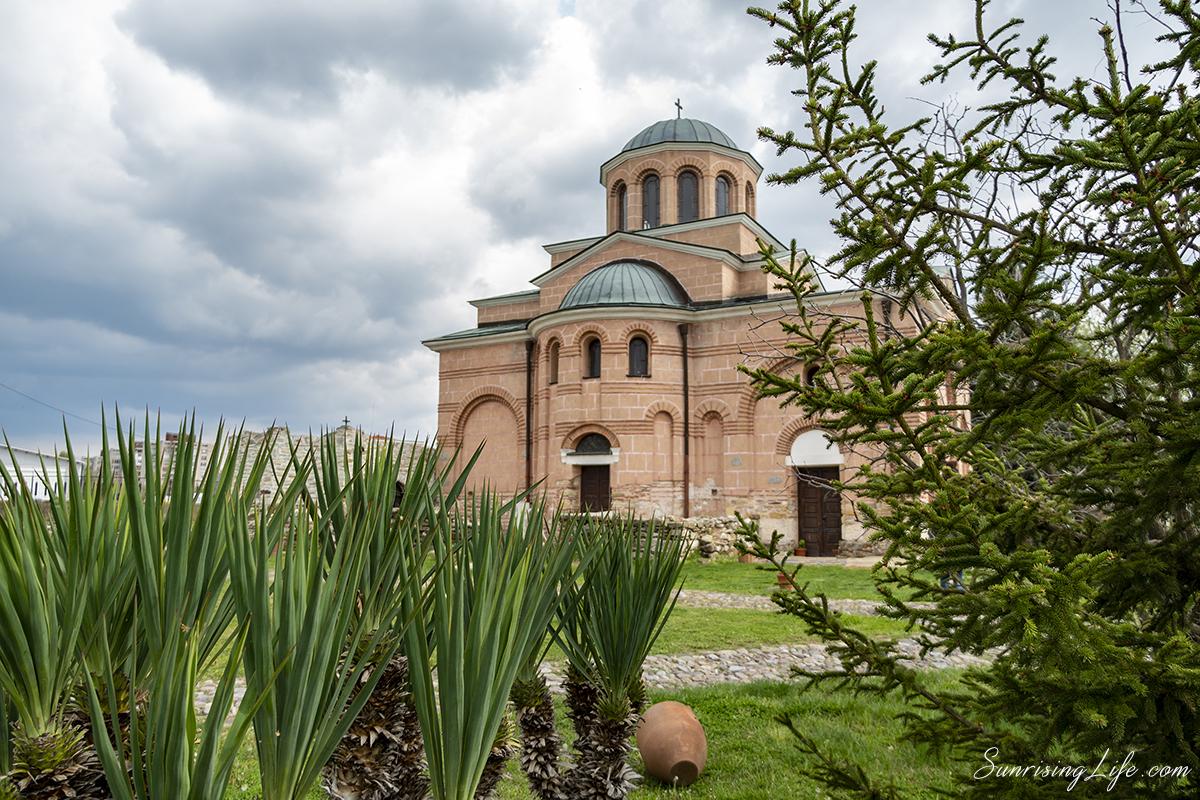 Църква Св.Йоан Предтеча в Кърждали