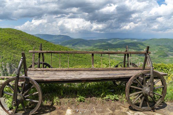 Забележителности край Тетевен - Гложенски манастир