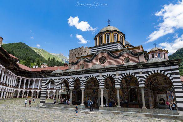 разходка близо до София - Рилски манастир
