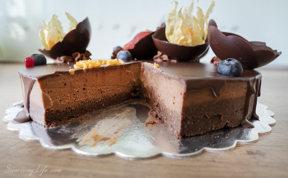 сурова торта rawlly, здравословна торта и сурови бонбони