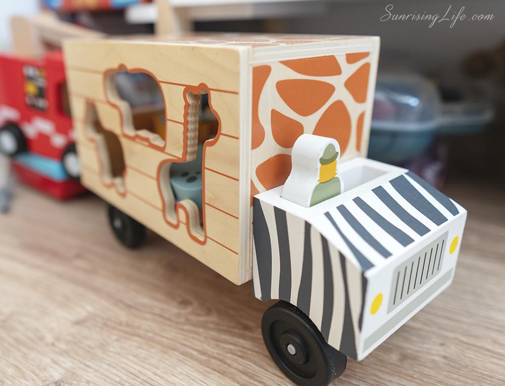 дървен сортер, дървен камион, дървени играчки